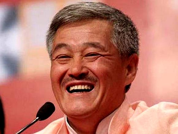 赵本山是不是了_赵本山接到全国政协开会通知 正积极准备提案