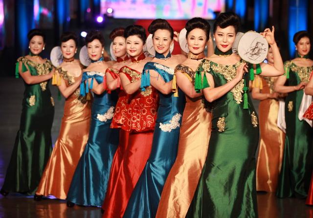 """""""北京中老年模特大赛""""决赛在该馆t空间举行,来自朝阳区,东城区,西城区"""