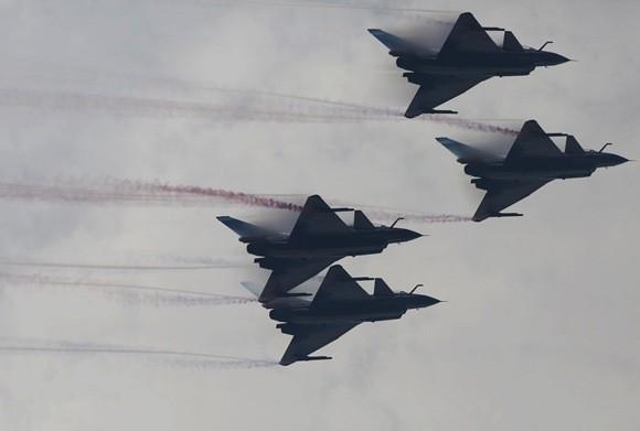 中国空军战机突袭高度创新低 打破马岛海战纪录