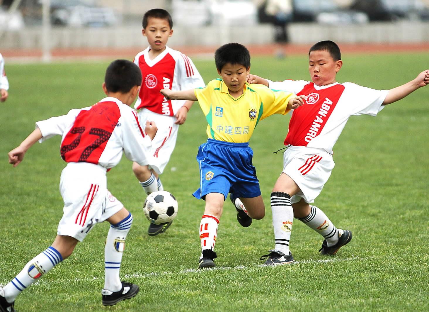 江苏足球球迷俱乐部_非州足球俱乐部排名_足球顶级豪门俱乐部