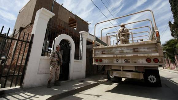 墨西哥毒贩脑洞大开挖地道直通美国 被警方捣