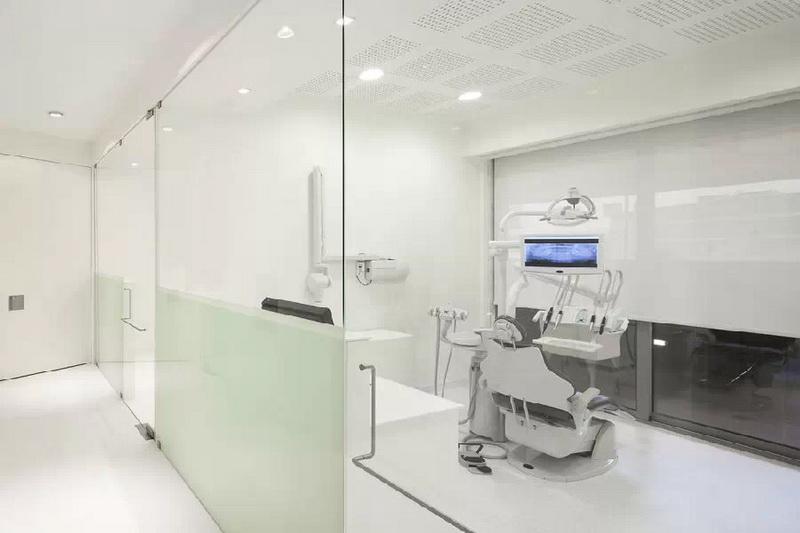 葡萄牙优雅的牙科诊所设计