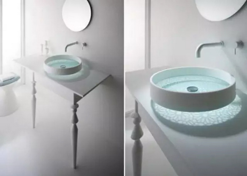 洗手台连马桶台一起图片