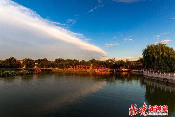 07古典北京-京城美景-魅力北海+谢长血_副本
