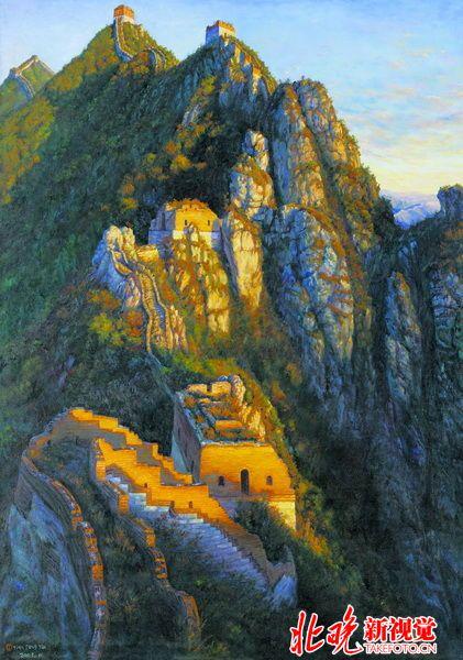 用小石头在大石头上画画,是她艺术启蒙的原始状态.