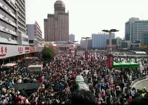上海常住人口_上海的人口总数