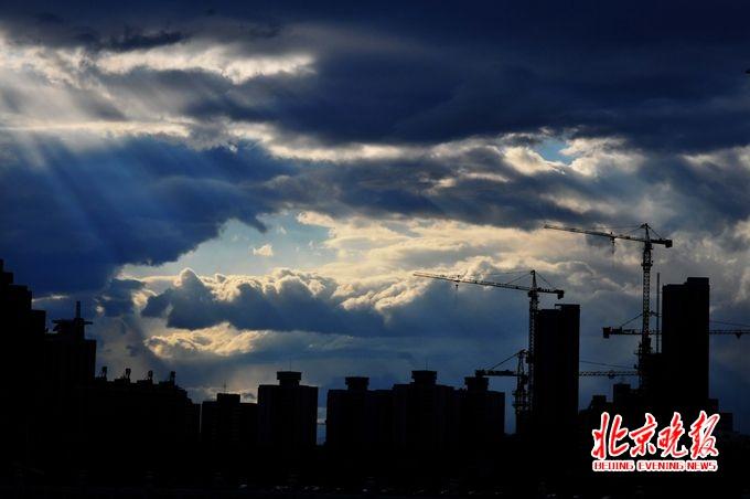 二套房首付提至六成 高烧的学区房终于逼北京出手了