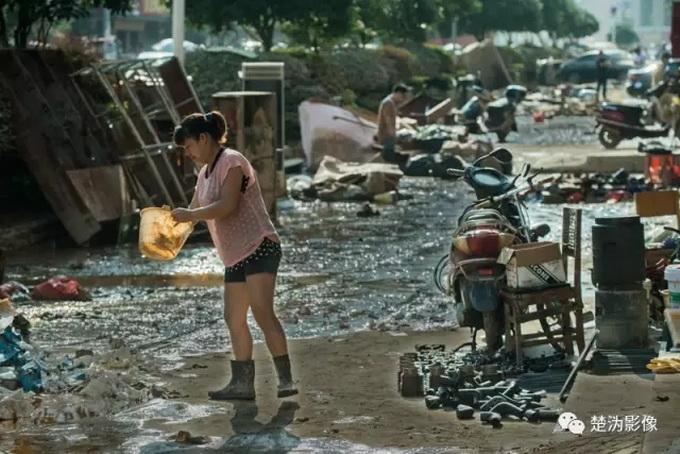 揭秘镜头下宁乡洪灾 暴雨无情人有情 各界人士显英雄本色