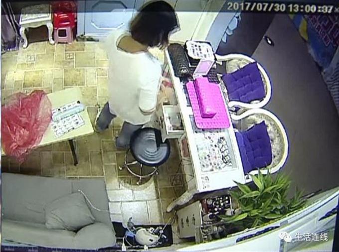 95后女疯狂盗窃 腹部藏有两根五厘米钉子借此逃避法律制裁