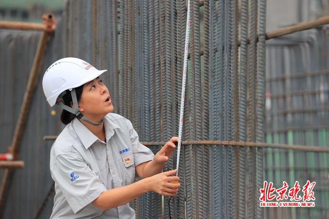 副中心建设假日不停工 总工程师朱文键巡