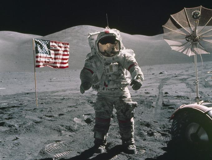 美宇航员重返月球 2024年前后建成 深空门户 太空港