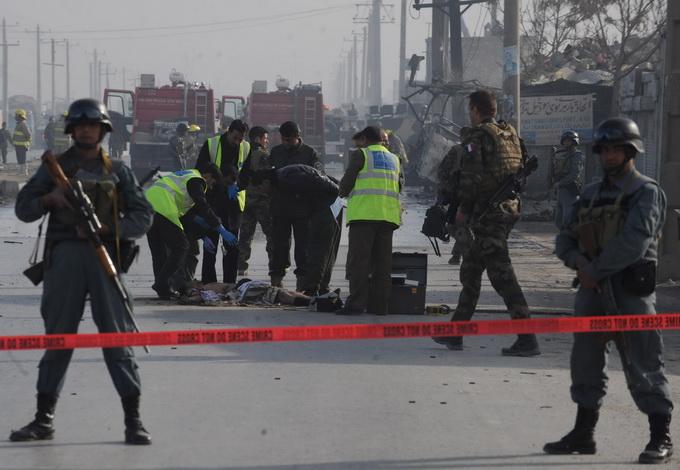 阿富汗南部军事基地遭袭 至少44名政府军士兵死亡