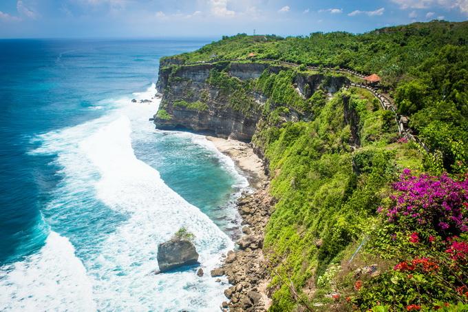 一中国女游客在巴厘岛遇害 遇难者的孩子听到呼救声