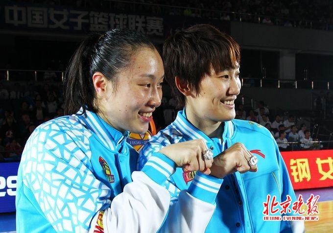 幸运飞艇和值计划:WCBA北京女篮85比62再胜上海_距总决赛一步之遥