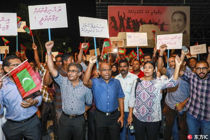 马尔代夫进入紧急状态:前总统被捕 军队控制最高法
