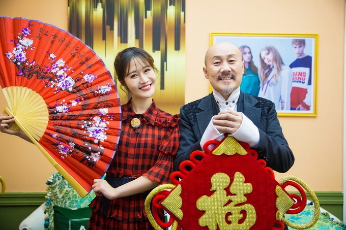 """手机时时彩网站:《歌手》今晚迎补位歌手腾格尔_""""萌叔""""称担心""""拖累""""收视率"""