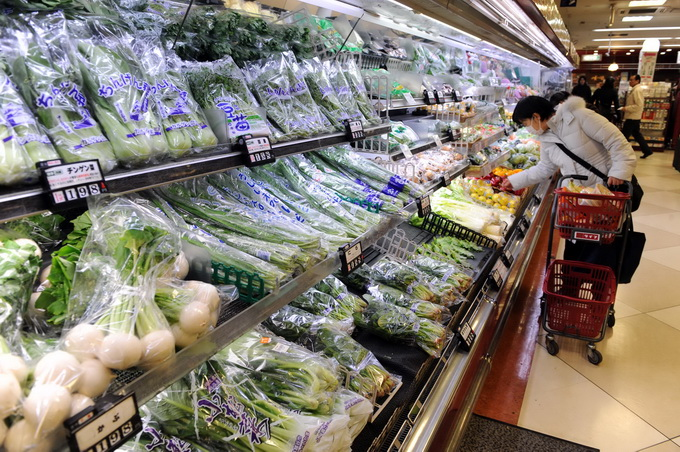 日本蔬菜价格上涨 有农户偷盗数百棵白菜出售被捕