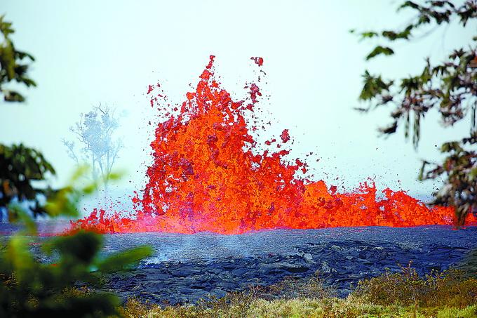 """北京赛车能稳赚钱:夏威夷火山熔岩断居民""""后路""""_存再次爆发风险"""
