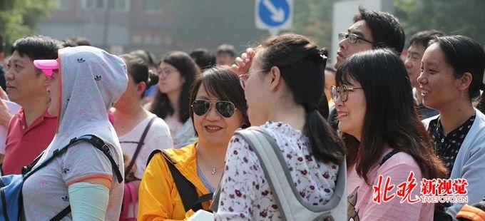 app时时彩软件哪个好:北京1872个考场准备就绪:高考试卷昨日运抵考区