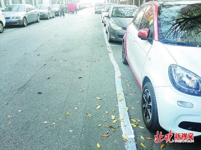 """88彩票娱乐平台:平乐园小区""""抠""""出停车位_精准管理让车位""""无中生有"""""""