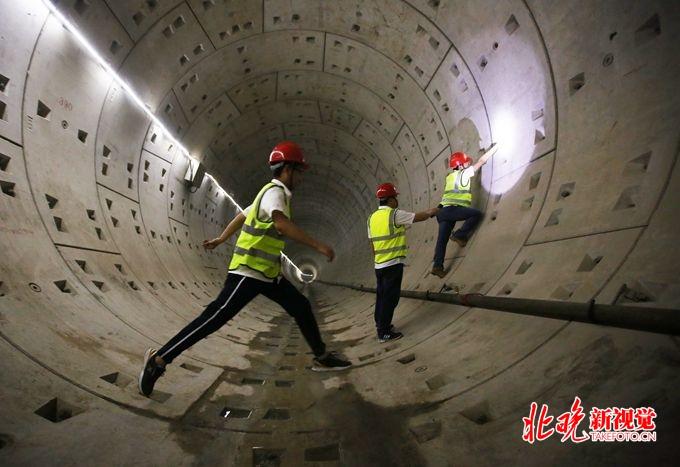 北京地铁8号线三期天桥站基本完工 年底将全线投入运营
