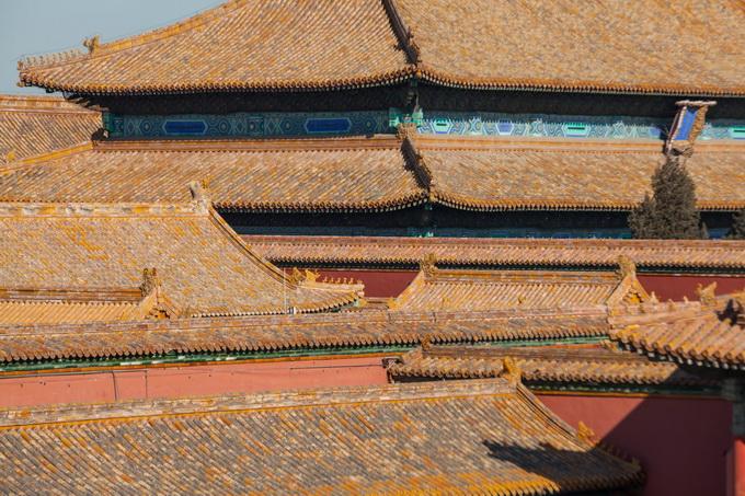 """故宫""""金顶""""里藏着多少秘密?光是制作琉璃瓦就有近百道工序_北晚新视觉"""