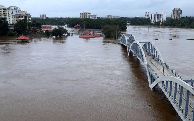 印度暴雨灾情持续 受灾最严重的中部地区山体滑坡不时发生(原创)