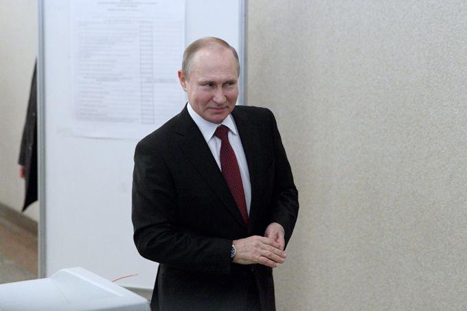 普京与学生对谈 俄罗斯总统认为未来这个领域的职业将最受欢迎(原创)