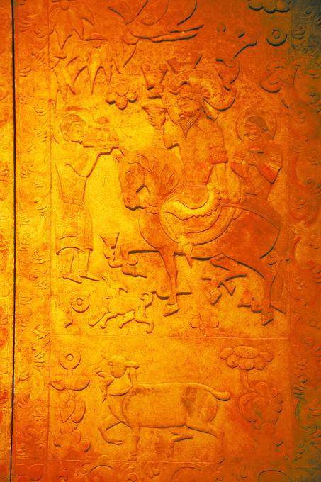 再走丝绸之路 重温历史品华夏传统文化灿烂图景