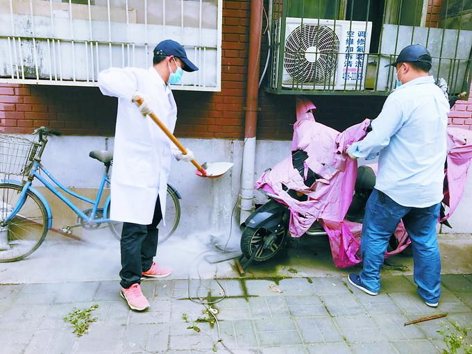北京南苑北里三区闹跳蚤,居民或多或少起红包,或与流浪猫有关