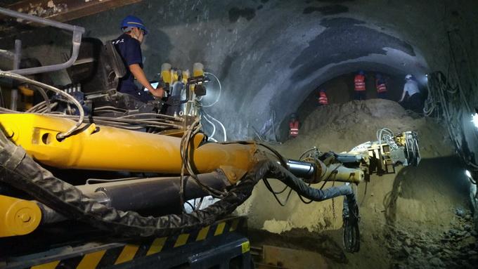 首都机场西延线隧道暗挖全程机械化 创下全国首例