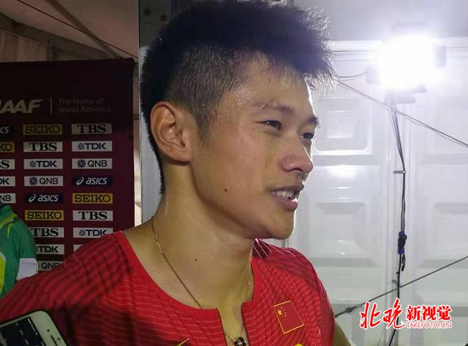 谢震业接力预赛中受伤坚持拼到终点,中国田径队确定其不出