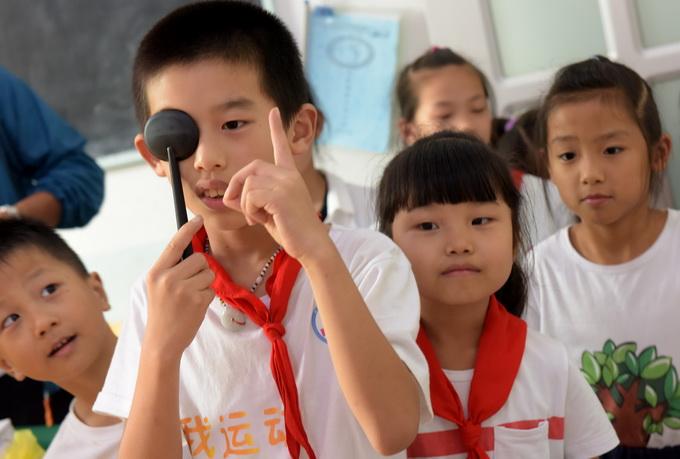 儿童视力检查为定期筛查