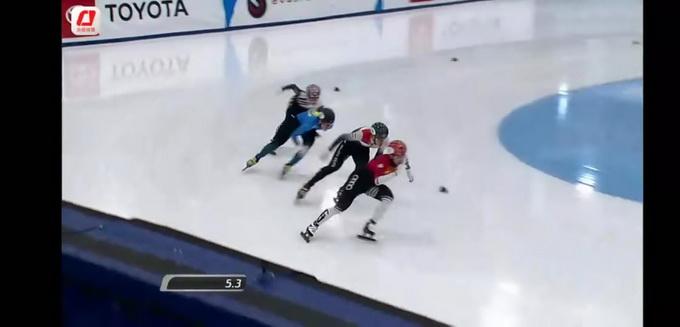 首金!武大靖500米夺冠 决赛一路领滑并以39秒702成绩夺冠