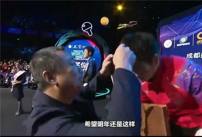 """刘国梁夸樊振东 """"特别棒!希望明年还这样!"""""""