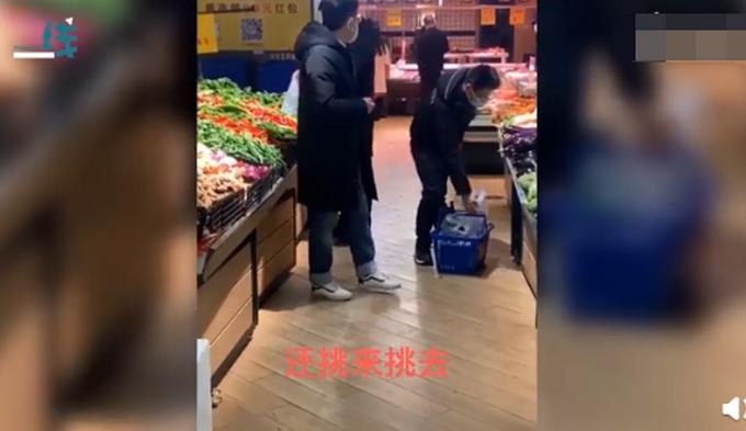 【推荐】超市里买菜的都是男同志?手拿清单认真挑半天,结果回家还得挨骂
