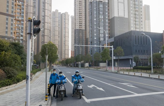 疫情后武汉重启中:1万多家餐饮店恢复外卖