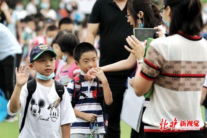 北京市公安局|北京市公安局今天出动3100名警力上勤保障开学